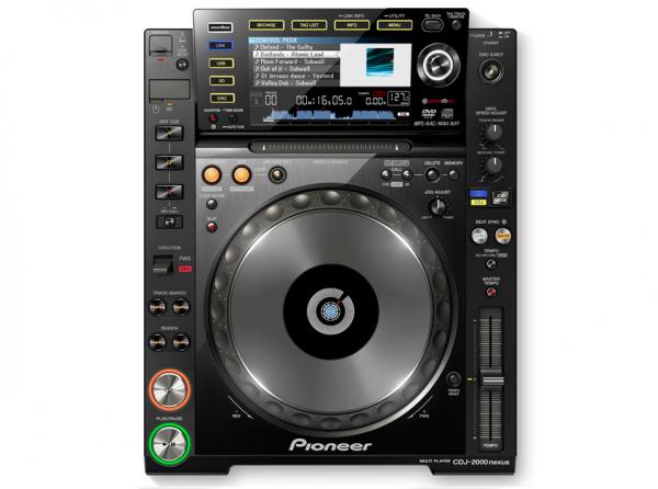 Pioneer CDJ-2000NXS. Galima groti iš USB, SD, PC, CD